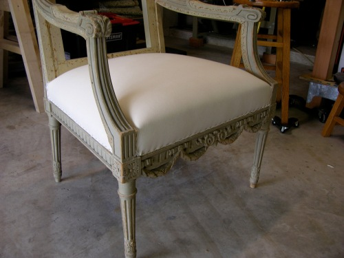 How to upholster the seat of  Louis XVI armchair