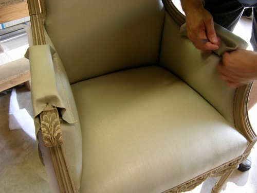 How to upholster a Louis XVI armchair